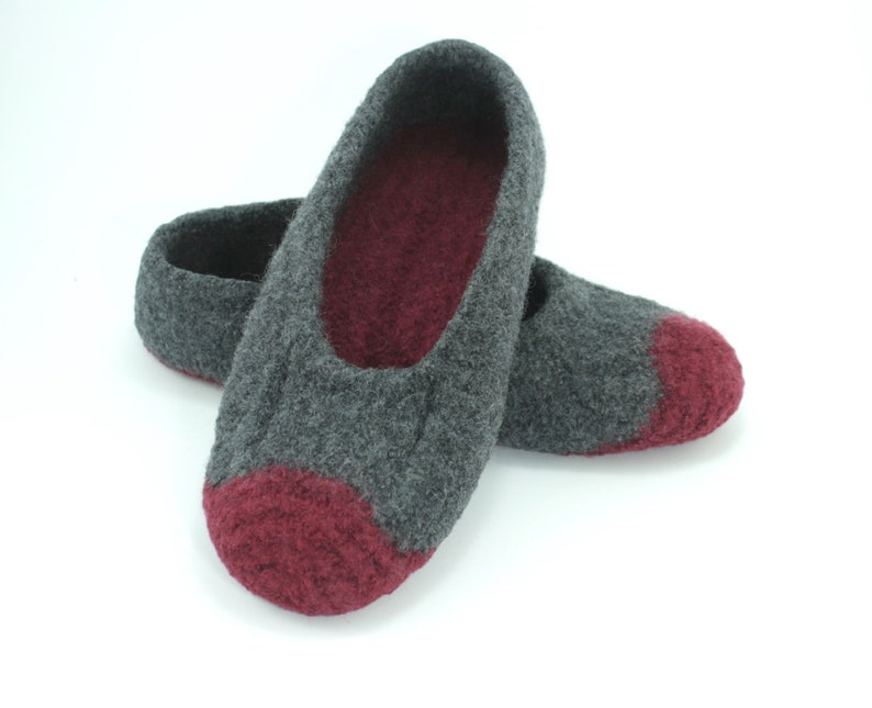 Mens MADE TO ORDER felted wool slippers Loafer Wool image 0