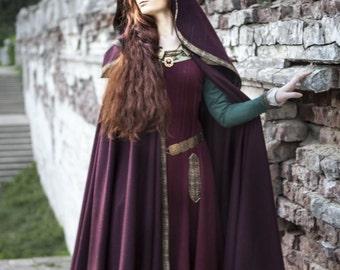 """Medieval Wool Hooded Cloak """"Sansa"""""""