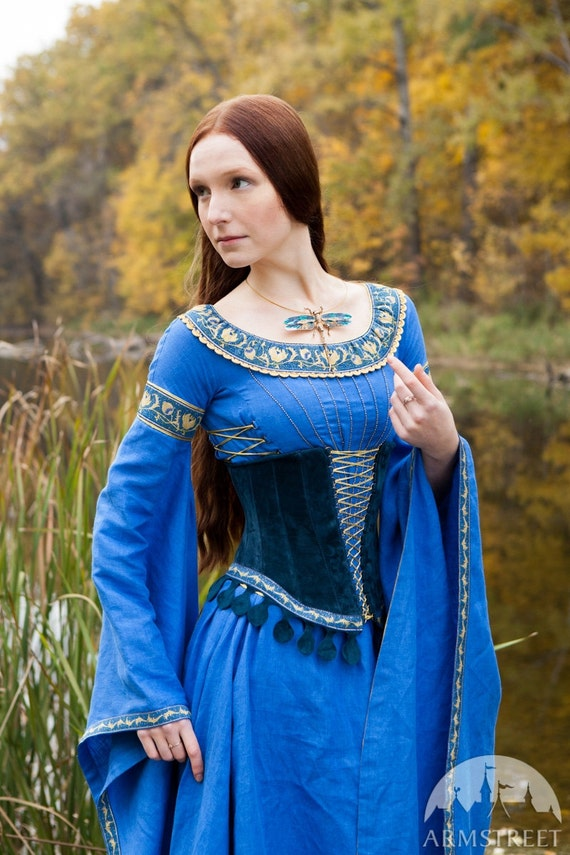 Wedding Ren Dress and Corset Lady of the Lake  09ca8483f