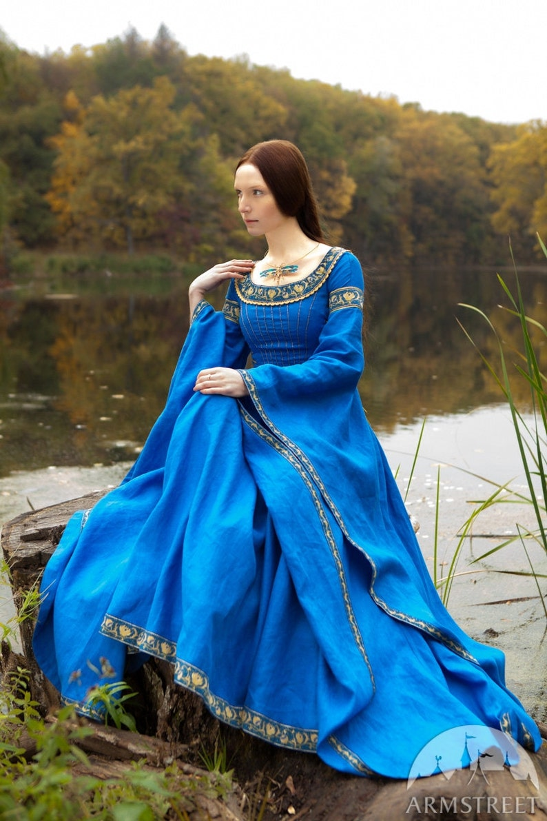 20% DISCOUNT Blue Dress Lady of the Lake medieval