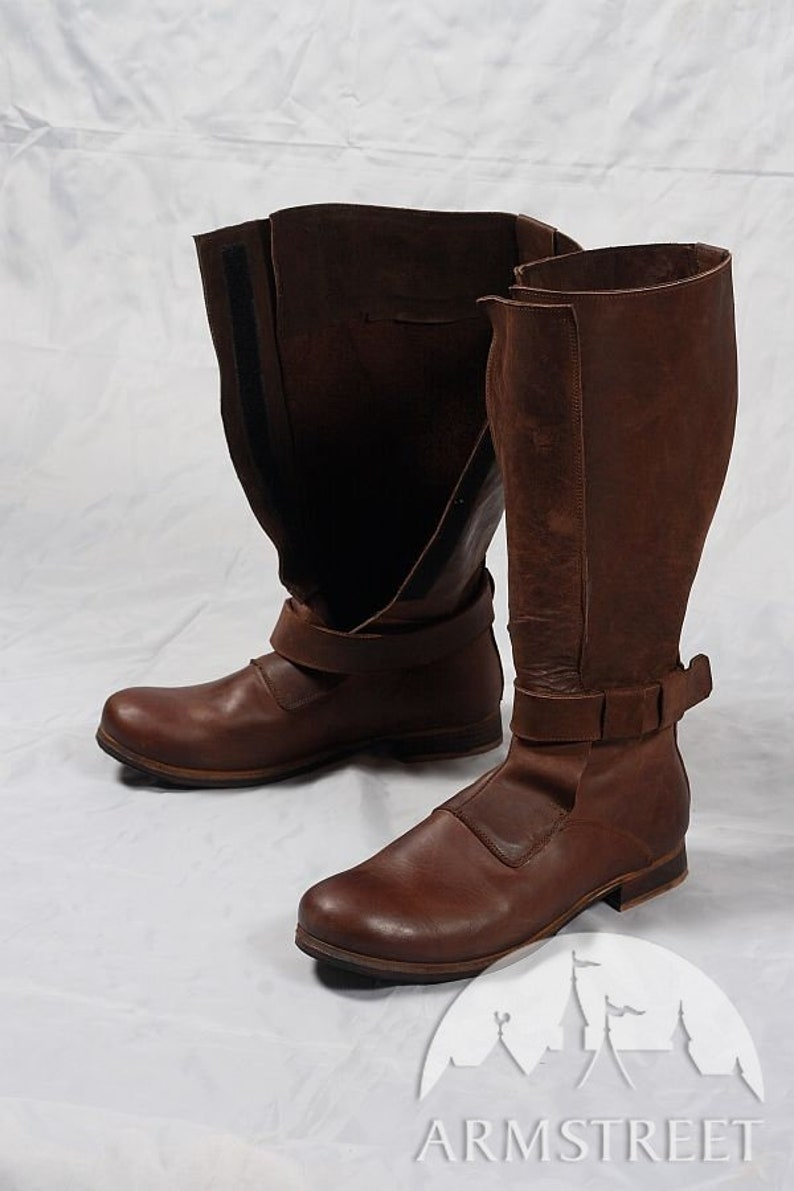 84878cb35831e 12% DISCOUNT! Mens High Leather Boots in Renaissance Style