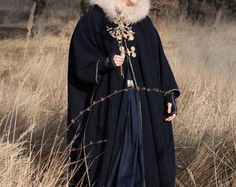 """Women's Woolen Cloak Cape """"Lost Princess""""; Medieval Cape; Medieval Mantle; Cloak"""