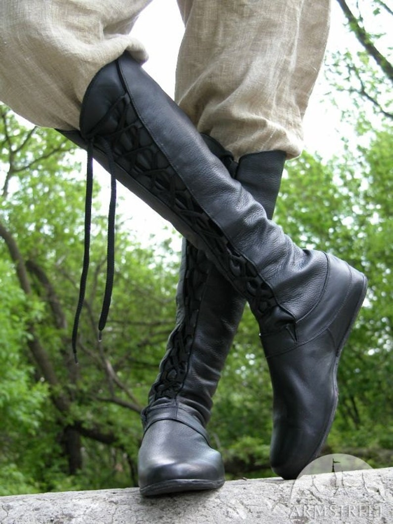 0d9352c3cd9c6 14% DISCOUNT! Medieval Men's High Leather Boots