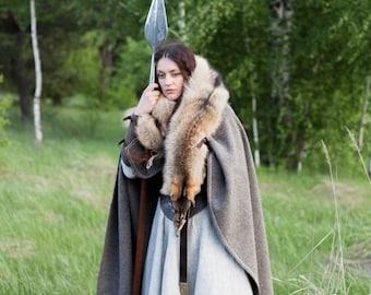 "Viking Woolen Cloak ""Eydis the Shieldmaiden""; Medieval Cloak; Cape"