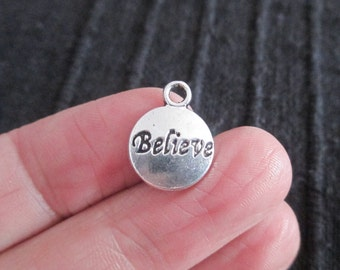 Pack of 20 Antique Silver Believe Charms