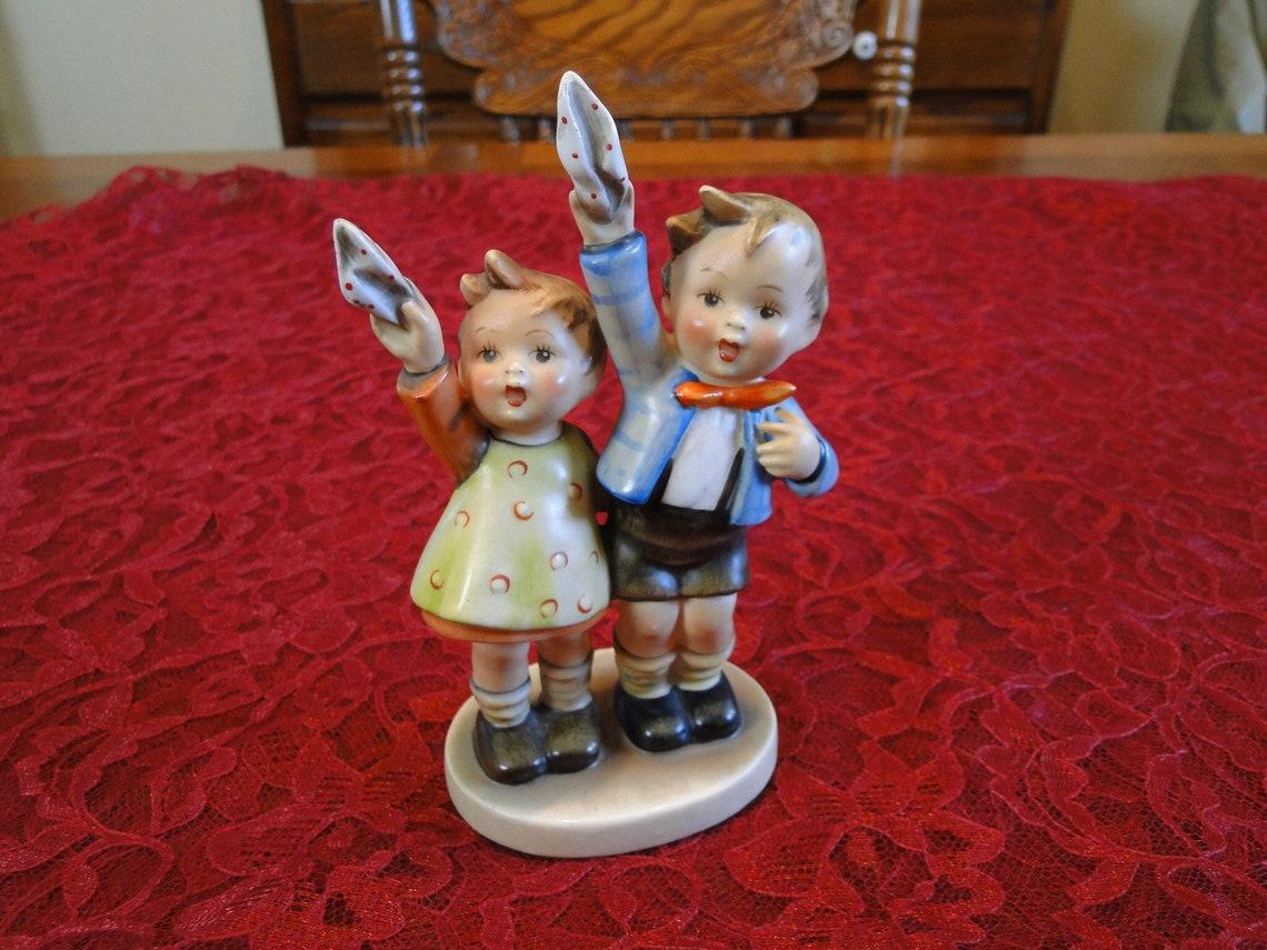 Vintage Retired Hummel Auf Wiedersehen Figurine, 1950s Full Bee TMK 2, #153/0, Girl & Boy Waving Goodbye with Handkerchiefs