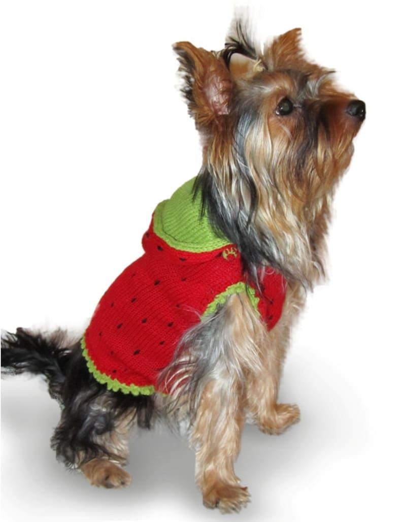 886aeef071e18b Mały pies ubranie psa sweter truskawka mały pies | Etsy