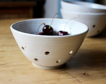 Berry Bowl, Small Colander, Drainer Bowl, Hand Thrown Rustic Pottery, Stoneware Clay