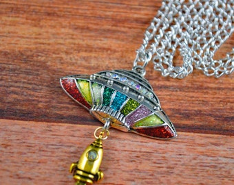 Mini alien necklaces