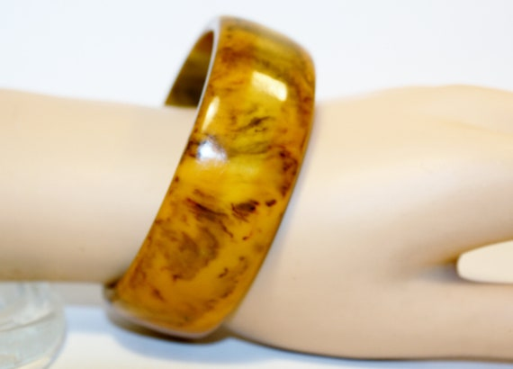 Genuine Bakelite Bangle Bracelet Amber Bakelite Br