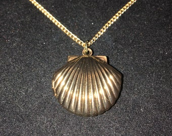 Gold Shell Locket
