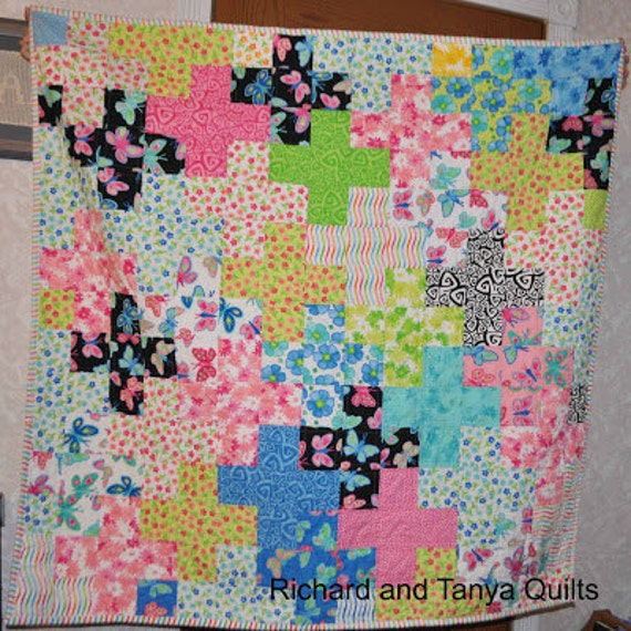 Plus Plus Quilt Pattern Makes A 66 By 8 Etsy