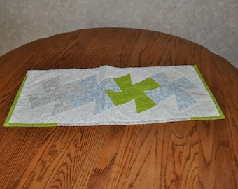 Gray and Green Twister Table runner 11 1/2 by 28 1/3 inches