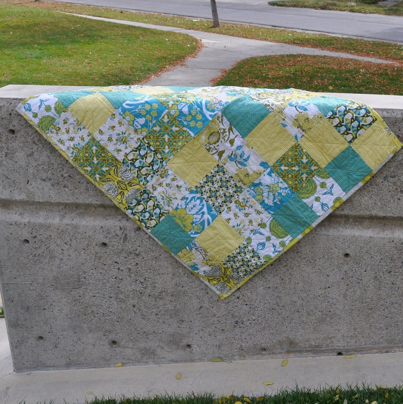 Yellow and Teal Modern Baby Quilt in Birch Farm fabric