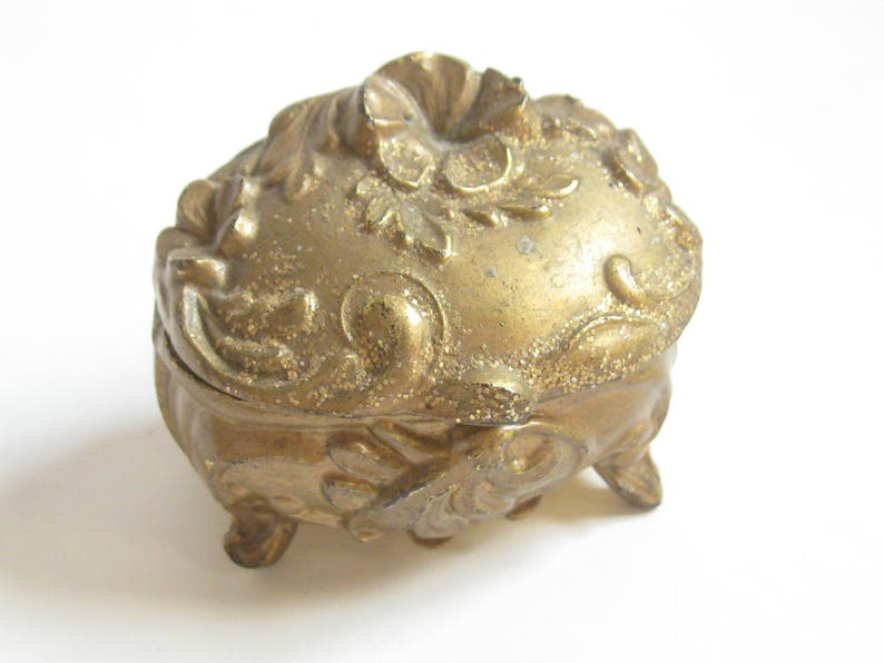 EDWARDIAN 1900s Antique Gold NOUVEAU Floral Relief Scroll CASKET Lid Trinket Box Downton Turn of the Century Victorian Gothic