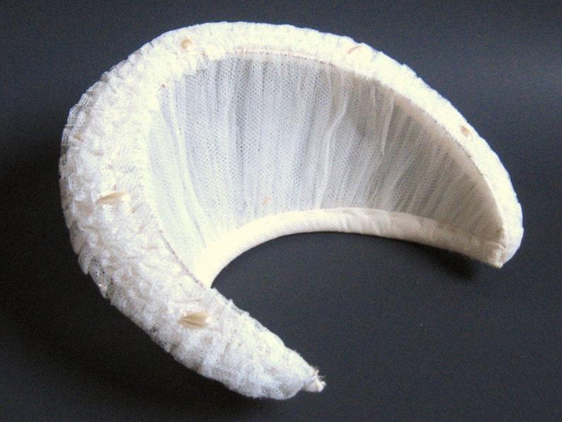 DECO Vintage 1930s Antique Ivory Net Lace Pearl Biwa Beads HALO CROWN Tiara Bridal Wedding Headpiece Hat Gatsby Flapper Millinery Fashion