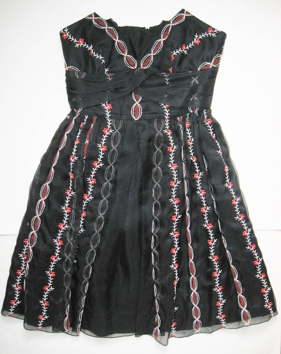 ANNA SUI Vintage Designer Red & White EMBROIDERY … - image 3