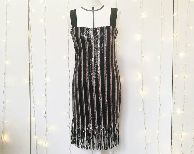 Featured listing image: LOUISE FLAPPER DRESS with fringes, Great Gatsby 20s style