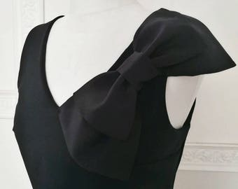 Bow tank top, black evening top, v neck party top, stretched top with silk bow