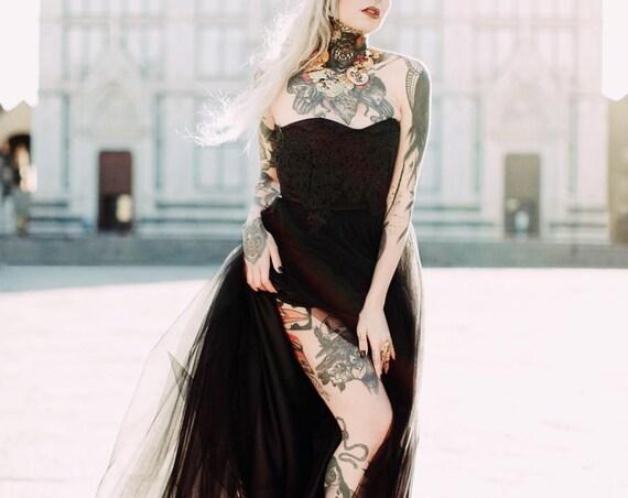 BLACK WEDDING DRESS, alternative wedding dress, sweetheart lace wedding dress, non traditional wedding dress, black strapless tulle dress