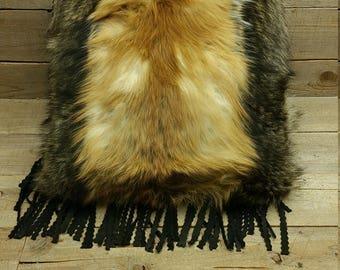 red fox & raccoon fur pillow V1-2