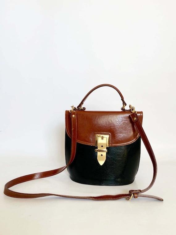 Authentic vintage real leather 1990s handbag, shou