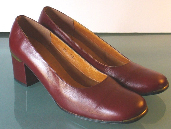 Vintage Made in Italy Etienne Aigner Oxblood Chunky Chunky Chunky talon chaussures taille 7.5US | Structurels élégantes  8988dc