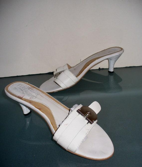 Ferragamo Kitten Heel Slides Made in Italy Size 37 - image 3