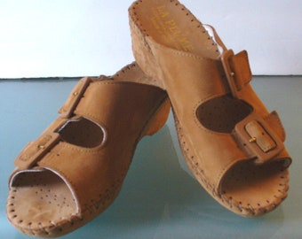 Vintage La Plume Double Buckle Mocassin Style Shoe Size 36 Made in Italy