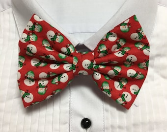 Happy Little Snow Men on Red Bow Tie / Bowtie  Vintage
