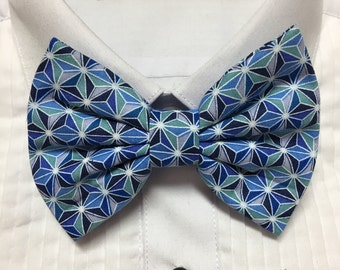 Shades of Blue Geometric Pattern Print Bowtie / Bow Tie