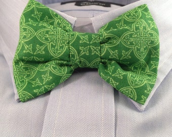 Irish Celtic Print Bowtie / Bow Tie for Saint Patrick's Day