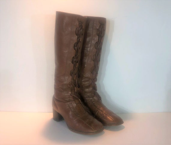 1960s brown leather lace up boots - size 8.5 - 196