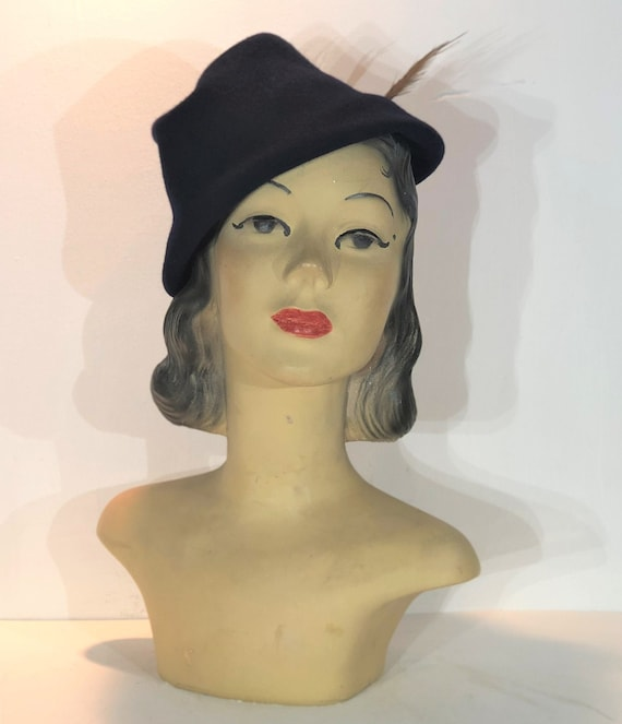 1930s navy wool toque with feather - 1930s blue wo