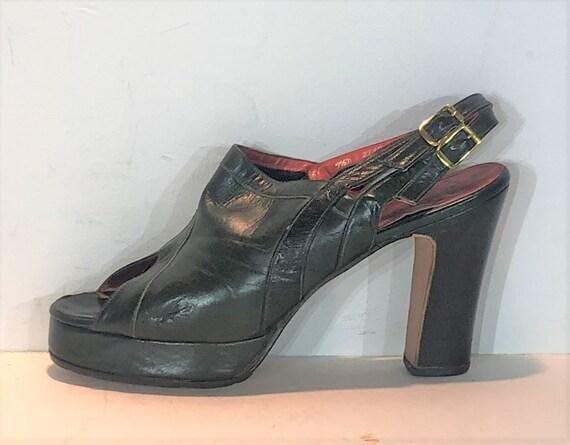 1970s dark green leather platform sandals - size 7