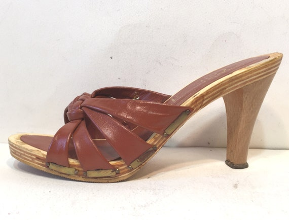 1970s maroon leather and wood platform sandals - s