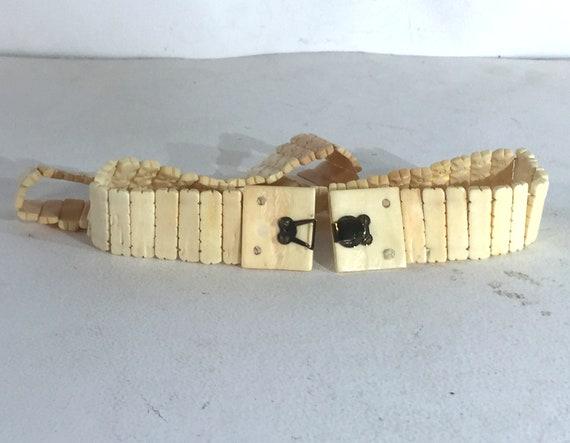 1940s cream colored celluloid belt - size medium … - image 6