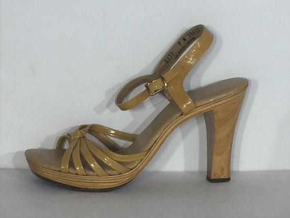 1970s tan vinyl wood platform sandals - size 9 - 1