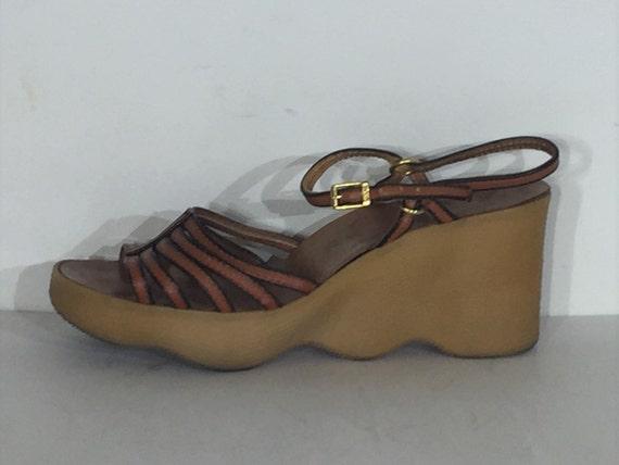 1970s Famolare warm brown leather five strap Go Th