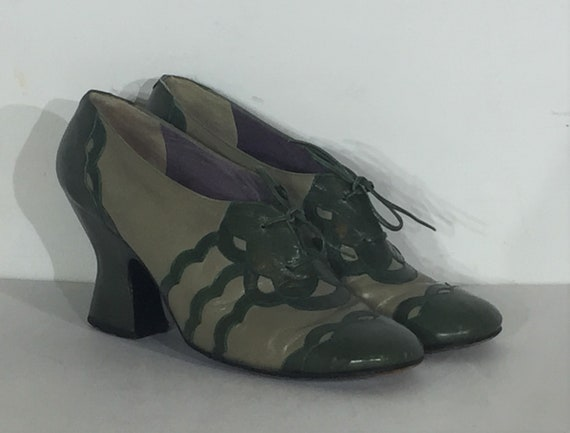 1960s Jerry Edouard green and gray oxfords - size