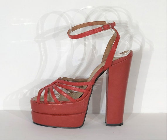 1970s red-orange leather platform sandals - size … - image 1