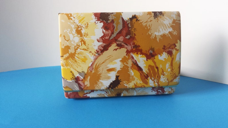 ON SALE Vintage Jewelry Box Flower Burst Pattern Yellow and Gold 1960s