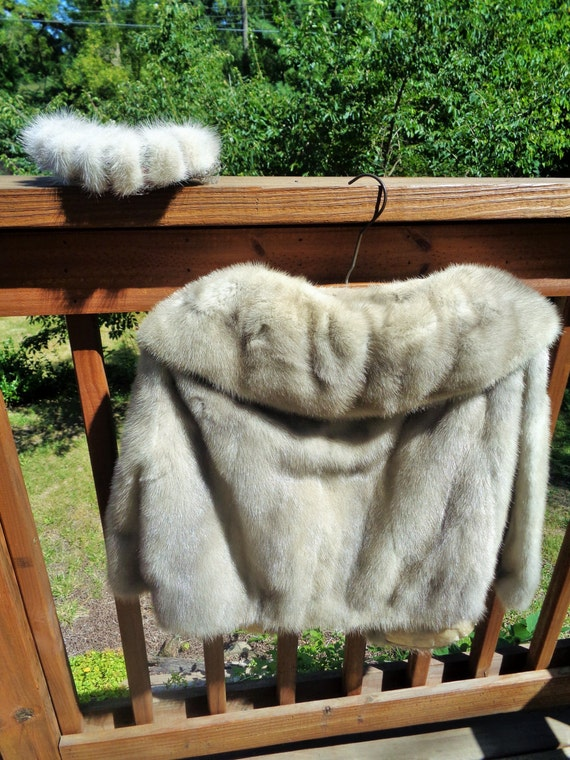 Ceresnie and Offen fur jacket and matching fascin… - image 4