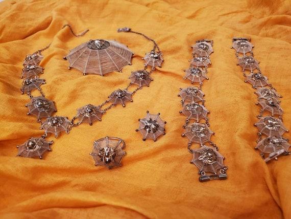 Antique Victorian Spiderweb Jewelry Set • 1900s Vi