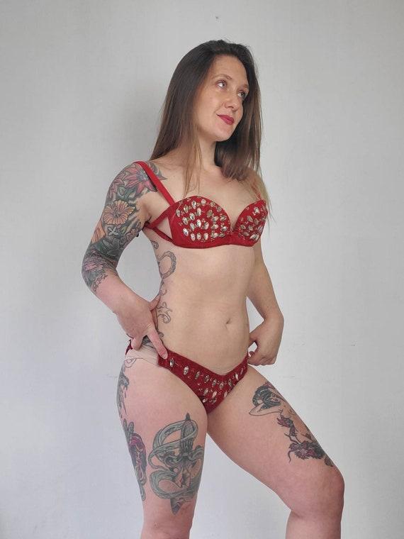 Vintage 1940s Burlesque Red Velvet Bikini • Vinta… - image 3