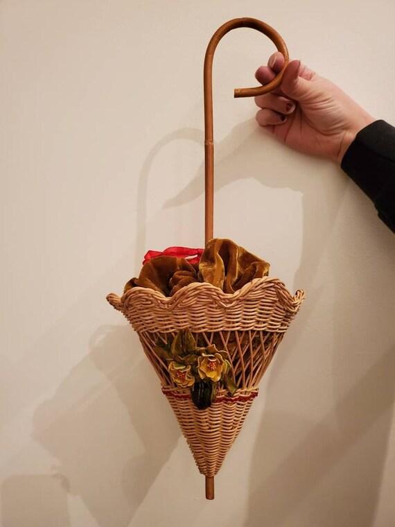 Vintage 1950s Wicker Parasol Bag • Wicker Handbag