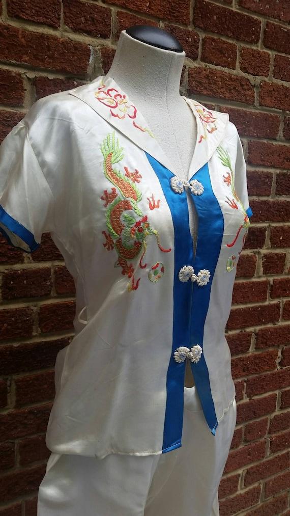 Vintage 1940s 50s Silk Pajamas // Embroidered Drag