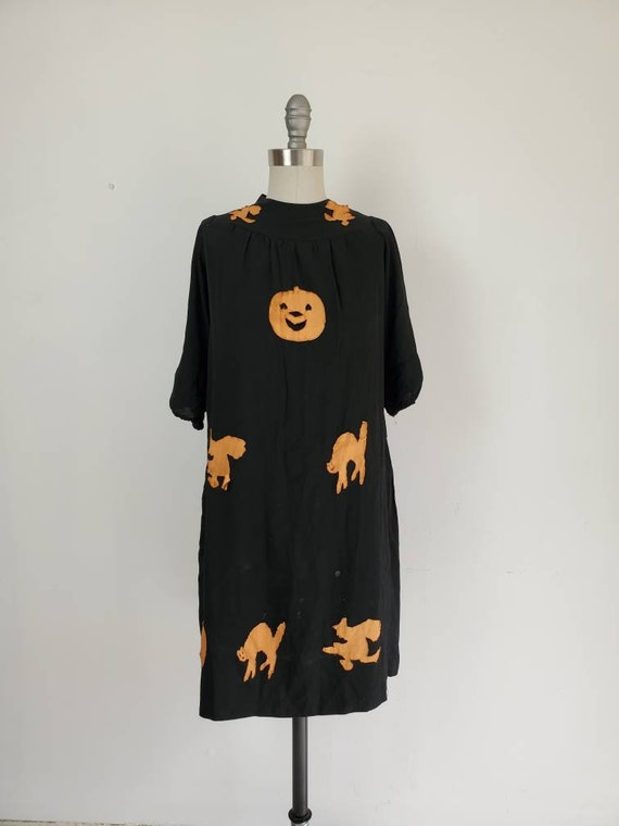 Vintage Antique Halloween Dress • Spooky Silhouett