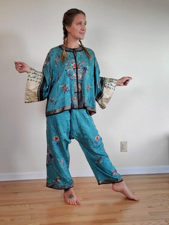 Antique 1920s Chinese Silk Pajamas • Vintage Embro