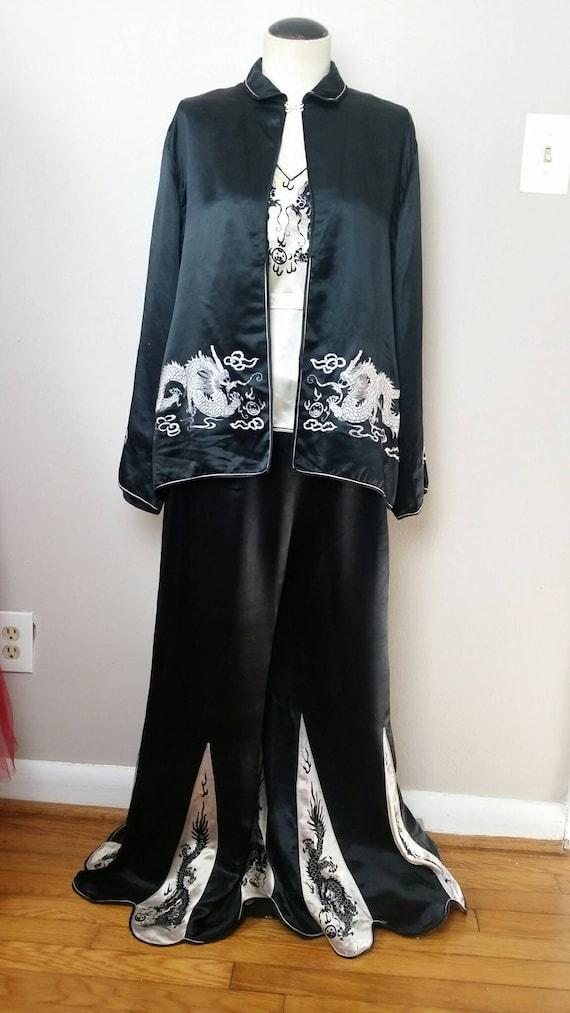 SALE! Vintage 1920s 30s Silk Dragon 3pc Pajama Se… - image 3